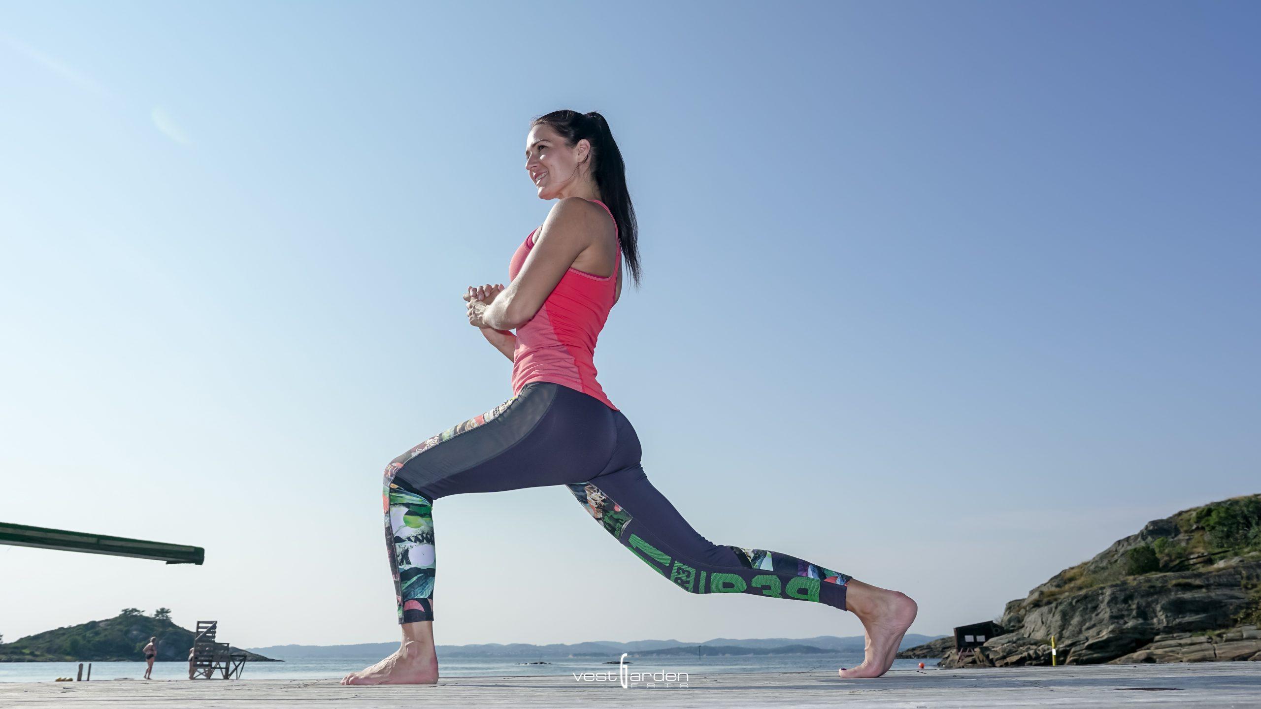 Tre bein øvelser for stabilitet og balanse