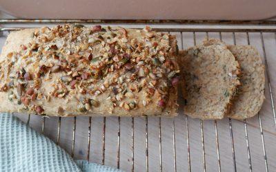 Magevennlig brød med nøtter – Ingen elting