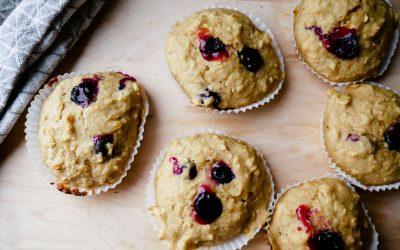 Sunn og søt – Bananmuffins med blåbær