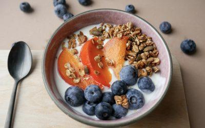 Yoghurt med Granola og Bær
