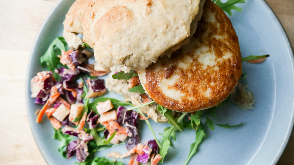 Fiskeburger med grovt brød